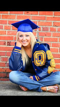 Senior Portrait / Photo / Picture Idea - Girls - Varsity Letter Jacket - Graduation Cap with your vet tech sweater Senior Portraits Girl, Graduation Portraits, Graduation Photography, Senior Photos Girls, Senior Girl Poses, Graduation Pictures, Senior Girls, Senior Photography, Grad Pics