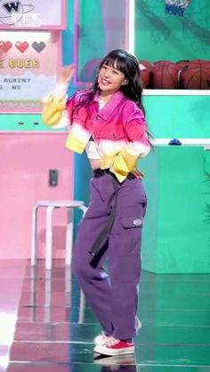 Kpop Girl Groups, Kpop Girls, Dance Kpop, Kpop Girl Bands, Bts, Memes, Videos, Fashion, Disney Princess Drawings