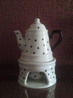 Bule de porcelana no rechaud capacidade para 430ml.