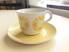 Arabia puhalluskoriste kahvikuppi (Kukka) Kitchen Tools, Finland, Cupboard, Bowls, Cups, Art Deco, Pottery, Plates, Dishes