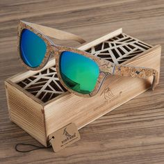Polarized Wooden Bamboo Sunglasses Men s Designer Original Beach Life  Sunglasses. MadeiraÓculos De Sol ... e51e159591