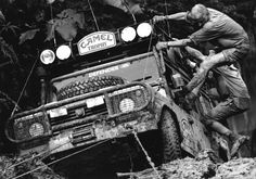Camel Trophy - Land Rover Defender - What they are meant to do