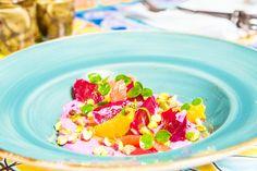 Best Vegetarian Restaurants, Vegetarian Recipes, A Food, Food And Drink, Vegan Kitchen, Travel Gadgets, Travelling Tips, Vegan Options, Vegan Cheese