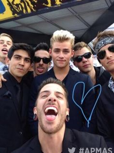 Crown the empire @ the apmas. Awww look at how adorable Dave is
