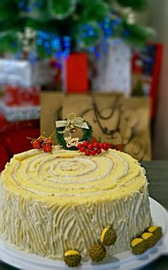 I would like to use this Christmas log cake to make a closing for this year food posting. Here is my first white Christmas log cake and. Christmas Log Cake, White Christmas, Durian Cake, Icebox Cake, Recipe Mix, Kitchen Corner, Sponge Cake, Melted Butter, Tray Bakes