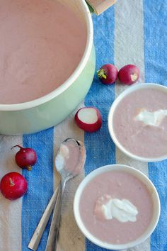 Creamy Radish Soup Recipe --> easy to make with easy ingredients Easy Soup Recipes, Dairy Free Recipes, Gluten Free, Radish Soup Recipe, Roasted Radishes, Hot Soup, Ketogenic Recipes, Soup And Salad, Summer Recipes