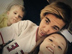 AWWWWWW, ITS JAZZY AND JAXON!!!!!! I MISS THEM SOOOO MUCH! LOVE YOU GUYS!