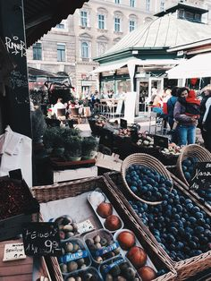Naschmarkt Vienna: Those who have never been to Vienna should definitely consider a visit! Read more on the blog...