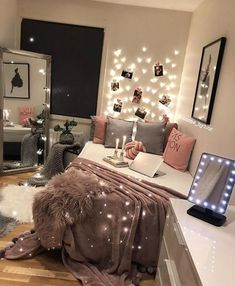 49 White Interior Design for you this winter - Luxury Interior - . - 49 White Interior Design for you this winter – Luxury Interior – - Cute Room Decor, Teen Room Decor, Room Decor Diy For Teens, Decor For Small Bedroom, Bedroom Decor For Teen Girls Dream Rooms, Bedroom Ideas For Small Rooms For Teens For Girls, Teen Bedroom Lights, Cool Bedroom Ideas, Small Teen Room