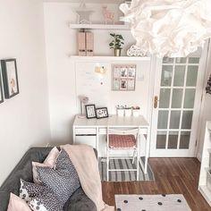 Display Shelves, Wall Shelves, Söderhamn Sofa, Study Room Decor, Recycling Facility, Uni Room, 61 Kg, Bed Slats