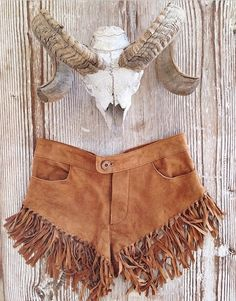 These tassel shorts by Spell Byron Bay!  I loveeee these