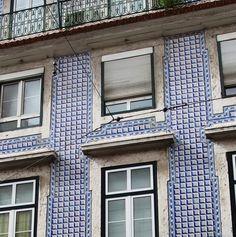 Tile façade in Lisbon