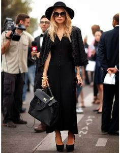 Chic and Silk: STREET STYLE: Total Black! 30 inspiring outfits shows us how..