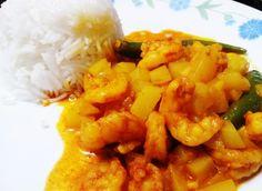 Chingrir baati chorchori (in bengali) prawns in a bowl