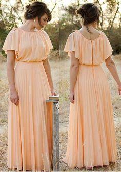Vintage dress, peach gown, neiman marcus, pleated chiffon skirt https 1970s Dresses, Modest Dresses, Stylish Dresses, Elegant Dresses, Cute Dresses, Casual Dresses, Bridesmaid Dresses, Casual Clothes, Maxi Dresses