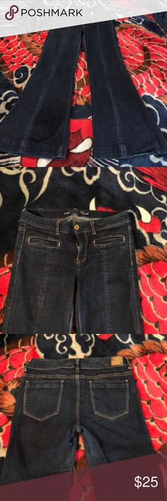 America Eagle Jeans American Eagle Hipster Stretch Jeans Size 12. Slight fading but in good condition. American Eagle Outfitters Jeans Flare & Wide Leg