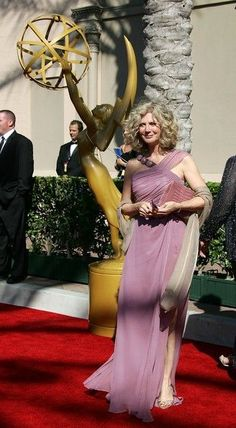 Blythe Danner, Kibbe-verified FN (was SC in the book)