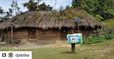 #Repost @djebtke (@get_repost)  LAMPU SURYA GRATIS SUDAH TERANGI JAYAWIJAYA DAN LANNY JAYA Setelah Kab. Jayawijaya mendapatkan Lampu Tenaga Surya Hemat Energi (LTSHE) Minggu ini mulai dilakukan pemasangan LTSHE di Desa Indawa Kab Lanny Jaya Propinsi Papua. Total Pemasangan LTSHE untuk wilayah Kabupaten Lanny Jaya sebanyak 29.155 Rumah yang akan dipasang LTSHE. Selama ini wilayah tersebut belum berlistrik dan tidak terjangkau PLN sehingga melalui Program Nawa Cita pemerintah Jokowi JK bisa…