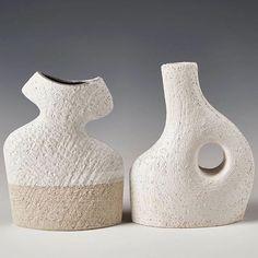 Noticing 1/3: shapely structures . #Repost @catherinetateartist  Mr and Mrs ceramic sculptures . . #stoneware #sydneyceramics #ceramicsculptures #contemporaryceramicsculpture #sculpturalceramics #handbuiltceramics #handbuiltpottery #claylife #loveceramic #ceramicsaretrending #contemporaryceramics #ceramiccuration #contemporaryclay  #modernceramics  #ceramiclife #ceramicsdaily #handmadeceramics #northernbeachesceramics