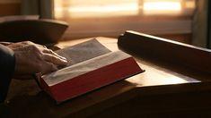 Întrebare 1: Domnul a promis că Se va întoarce pentru a ne ridica în Împărăția cerurilor și, totuși, voi sunteți martori că Domnul S-a întrupat deja pentru a face lucrarea de judecată în zilele de pe urmă. Conform profeției din Biblie, Domnul va sosi pe nori, plin de putere și glorie: de ce această sosire e diferită de sosirea Domnului în taină, întrupat, căreia voi i-ați fost martori? #Creatorule #Sfanta_Biblie #rugăciune #salvare #creştinism #Evanghelie #Creatorule #Iisus Films Chrétiens, Jesus Loves Us, The Bible Movie, Saint Esprit, Lord, Discussion, Site Internet, Whatsapp Group, Quelque Chose