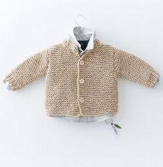 Knitting For Kids, Baby Knitting Patterns, Brei Baby, Baby Brent, Cardigan Bebe, Baby Nursery Diy, Diy Bebe, Baby Mittens, Baby Booties