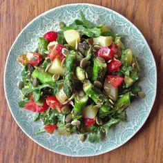 Asparagus, new potato & avocado salad: vegan