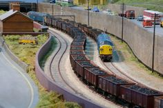 Great Electric Train Show sponsored by Hornby magazine - The British model rail, railway modeller and modelling event, featuring layouts covering all gauges, demonstrations by industry experts and top trade stands. Diorama, Model Training, Electric Train Sets, Trains For Sale, Hobby Trains, Train Engines, Model Train Layouts, Diesel Locomotive, Models