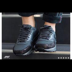 Nike Air Max 2017 (BlackSilver) Sneaker Freaker