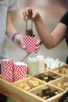 Love the idea of using cute-farm style paper products for app's? No plate rental!