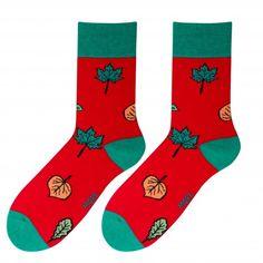 Červené pánske ponožky s lístami Christmas Stockings, Socks, Holiday Decor, Needlepoint Christmas Stockings, Sock, Christmas Leggings, Stockings, Ankle Socks, Hosiery
