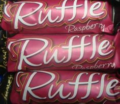 Jamesons Raspberry Ruffle Bars - from grandma & grandad every Friday yum yum xxx Old Sweets, Vintage Sweets, Retro Sweets, Vintage Toys, Retro Vintage, Early Childhood, Childhood Memories, Raspberry Bars, Great Memories