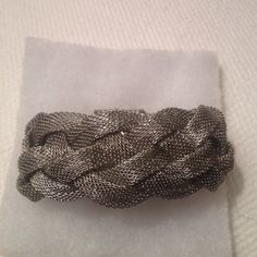 Woman's Bracelet Gorgeous Silver Braided Bracelet / Magnet Closure / Bought On Vaca And Never Wore Jewelry Bracelets
