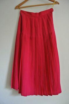 Beautiful cerise pink boxpleat skirt by 365daysofvintage on Etsy, £17.00