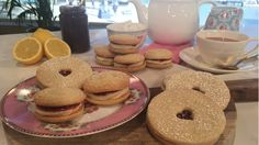 Lorraine Pascale's jammie dodgers and melting Viennese whirls Viennese Whirls, Bakewell Tart, Easter Holidays, Biscuit Recipe, Dodgers, Bagel, Nom Nom, Cake Recipes, Biscuits