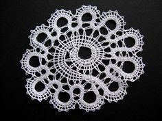 idrija lace 2 by Digital Leaf, via Flickr Lace Earrings, Lace Jewelry, Crochet Earrings, Hairpin Lace Crochet, Crochet Motif, Crochet Shawl, Bobbin Lacemaking, Lace Heart, Bead Loom Patterns