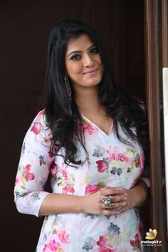 Actress Varalaxmi Sarathkumar Latest Stills Gallery Indian Actress Gallery, Indian Actress Hot Pics, Tamil Actress Photos, Most Beautiful Indian Actress, South Indian Actress, Beautiful Actresses, Indian Actresses, South Actress, Indian Girl Bikini