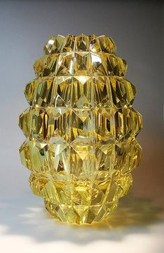 "AIMO OKKOLIN - A crystal vase ""Ananas"" (Pineapple) designed 1961 for Riihimäen Lasi Oy, in production Finland. Art Of Glass, Cut Glass, Glass Design, Design Art, Touch Of Gold, Chandelier, Amber Glass, Scandinavian Design, Pottery Art"