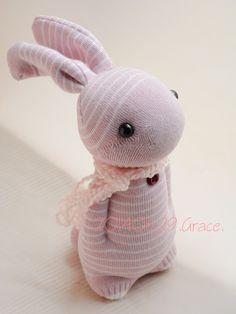 Grace-Sock Domy Rabbit