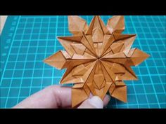 Origami Folding, Paper Crafts Origami, Oragami, Origami Flowers Tutorial, Flower Tutorial, Flower Ornaments, Origami Stars, Snowflakes, Projects To Try