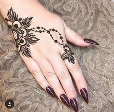 42 beautiful henna tattoo designs for women to try out - Henna Tattoo - Henna Designs Hand Mehndi Designs For Beginners, Mehndi Designs For Fingers, Henna Designs Easy, Mehndi Art Designs, Latest Mehndi Designs, Mehndi Patterns, Ankle Henna Designs, Finger Mehndi Design, Finger Mehndi Style