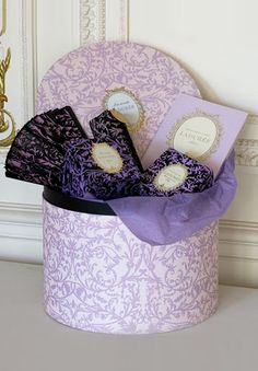 The talented artist, Carol at Paris Breakfasts, recently posted about Laduree in Paris. What a beautiful post! Purple Hues, Shades Of Purple, Pink Yellow, Laduree Paris, Dessert Packaging, Pretty Packaging, Lavender Cottage, Shabby Cottage, My Favorite Color