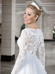 Callas 12 - costas (detalhe)  #coleçãocallas #vestidosdenoiva #noiva #weddingdress #bride #bridal #casamento #modanoiva