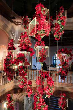 Dekoration Art Diego Museum SanSan Diego Museum of Art Deco Floral, Floral Design, Art Floral, Flower Chandelier, Wedding Stage Decorations, Table Decorations, Red Wedding, Event Decor, Wedding Designs