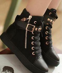 Cute Shoes, Me Too Shoes, Sneakers Fashion, Fashion Shoes, Fashion Outfits, Fashion Trends, Fashion Fashion, Womens Fashion, Kawaii Shoes