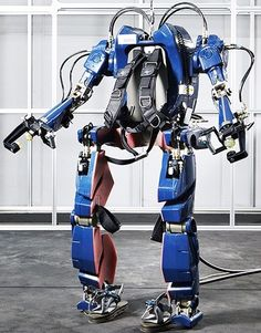 Hyundai's Wearable Robot is essential a IRL Iron Man suit
