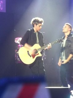 Niall and Liam tonight #TMHtour