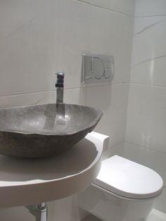 nuovo progetto di ristrutturazione e consulenza di interni su www.danielespitaleri.it #mywork #interiordesign #homedecor #detail #stone particolare lavabo in pietra