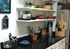 Minimalist Kitchen downsizing tips
