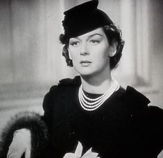 Auntie Mame, Howard Hawks, Rosalind Russell, Classic Films, Brunettes, Old Hollywood, American Actress, Comedians, Divas