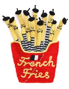 """crochet french fries by kate jenkins.probably would not crochet these, but love the idea of """"French"""" fries--maybe with pencils(decorated)? Crochet Food, Knit Crochet, Funny Crochet, Crochet Geek, Creative Food Art, Thinking Day, Oui Oui, French Fries, Crochet Projects"""